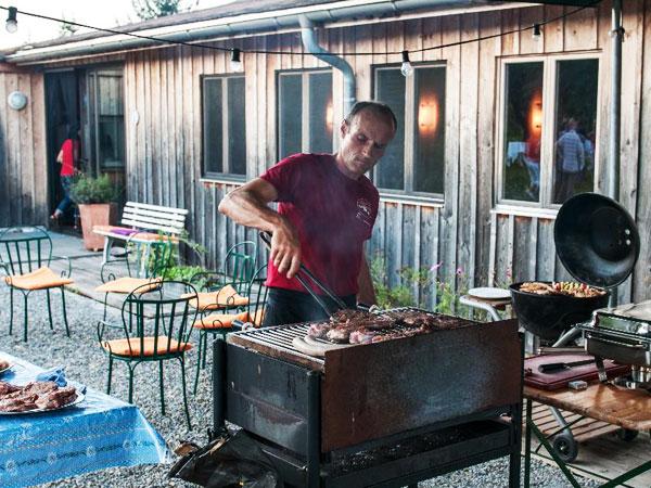 Hoffleisch, BIO Fleisch, Holzkohle, Sommerfeier